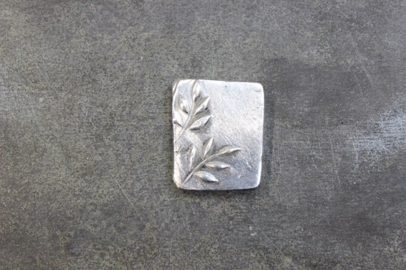 Pewter square w raised flowers jewelry stamping kit for Raised metal letters