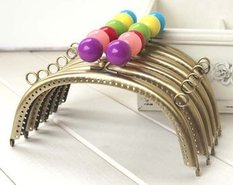 1 PCS, 16cm / 6.5 inch Curved Colorful Solid Bubble Bronze Kiss Clasp Lock Purse Frames with Two Side Holes