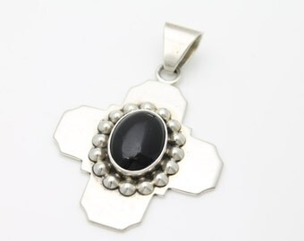 Vintage 1980s Sterling Silver and Onyx Large Chunky Taxco Artisan Cross Pendant. [3116]