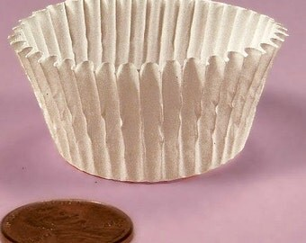 100 White Candy Paper Liners, Candy Cups, Candy Box Cups,