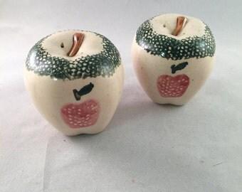 Ceramic Apple Design Salt and Pepper Shakers