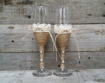 Rustic Wedding Toasting Glasses with Twine and Lace, Rustic Champagne Flutes, Bride and Groom Wine Glasses,