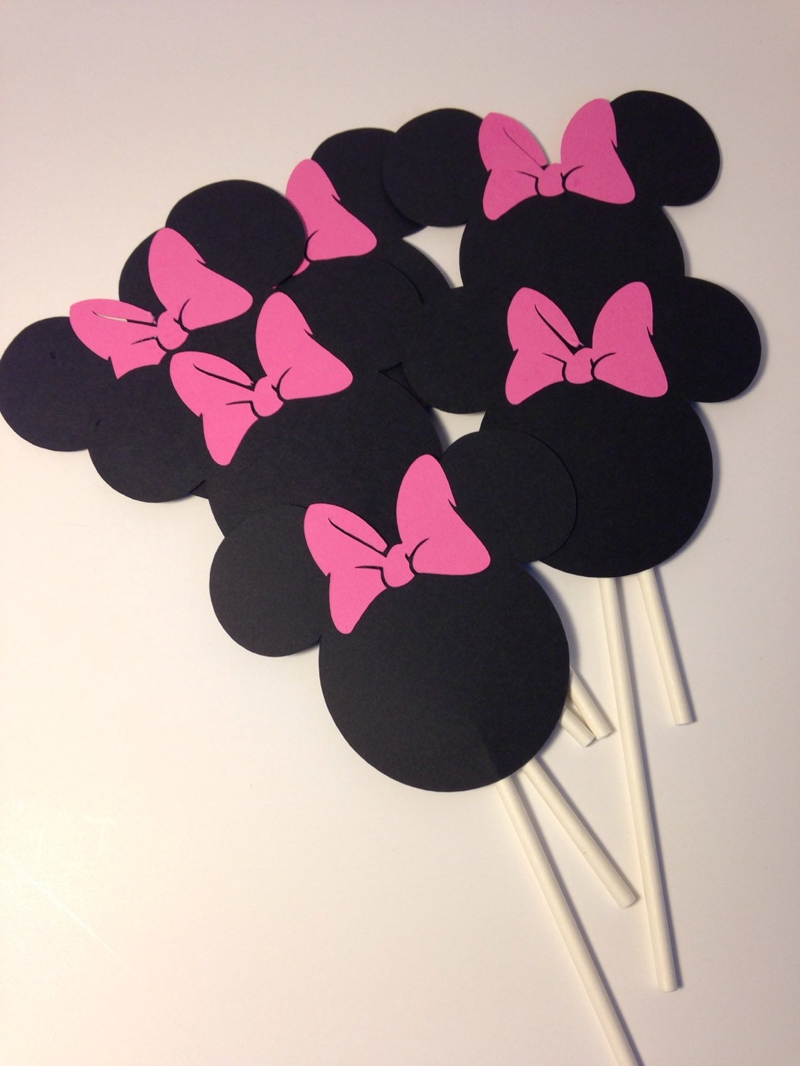 Minnie Mouse Silhouette Cupcake Toppers by PoppyPaperDesigns