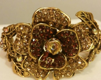 1930-1940s filigree rhinestone hinged cuff bracelet also called a clamper bracelet