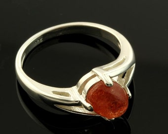 Sterling Sunstone 8x6mm Cabochon Offset Oval Ring Size 7