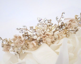 Gold Wedding Tiara, Gold Wedding headpiece, Bridal headband, Rhinestone headband, Bridal Tiara, Champagne headpiece, Vintage tiara