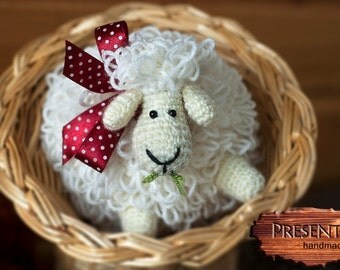 Knitted toy sheep-snowflake