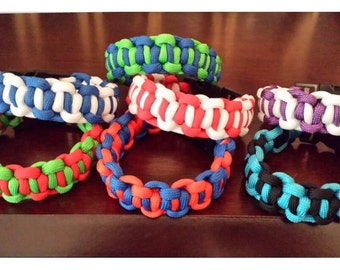 Boxed-in Paracord Bracelets