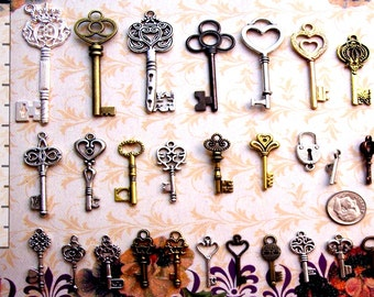180 Bulk Steampunk Skeleton Keys Charms Wedding Tags Cards Place Markers Beads Supplies Pendant Set Collection Reproduction Vintage Antique
