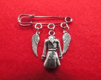Supernatural Castiel kilt pin brooch (38mm).