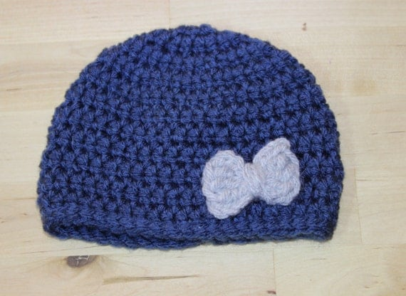 Blue Infant Hat With Gray Bow
