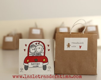 Handmade Wedding Favors. 20 Cute Weeding Present.  Fridget Magnet Personalized.
