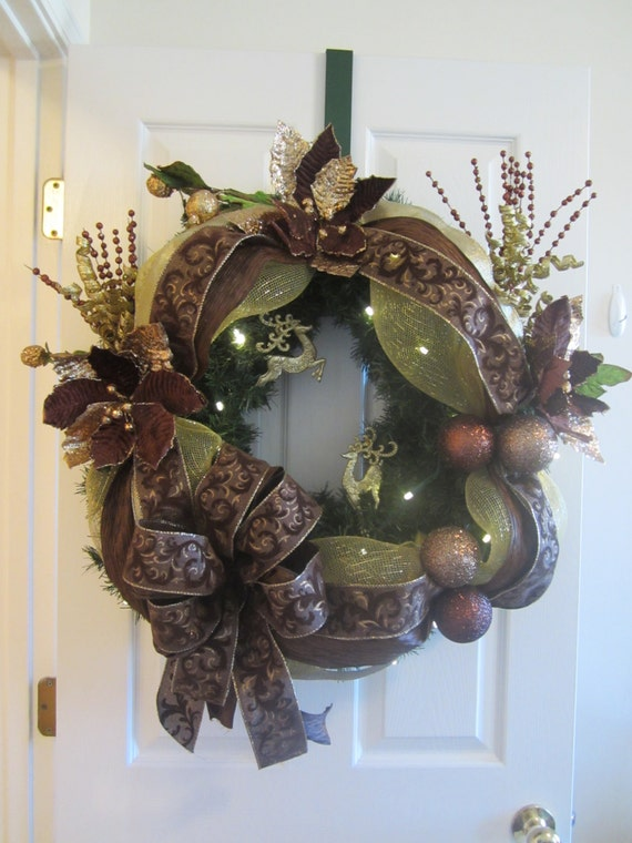 Christmas wreath lighted garland by