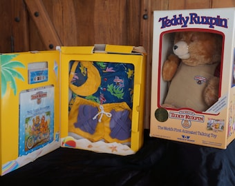 1985 Alchemy II World of Wonder Teddy Ruxpin NIB working condition with outfit and tape Summertime and Airship 141JJ