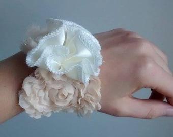 bracelet mariage tissu fleurs