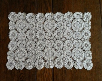 Leavers lace tray cover
