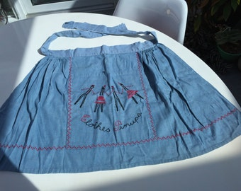 Vintage Mid Century Apron with Clothes Pinups - Fifties Kitch