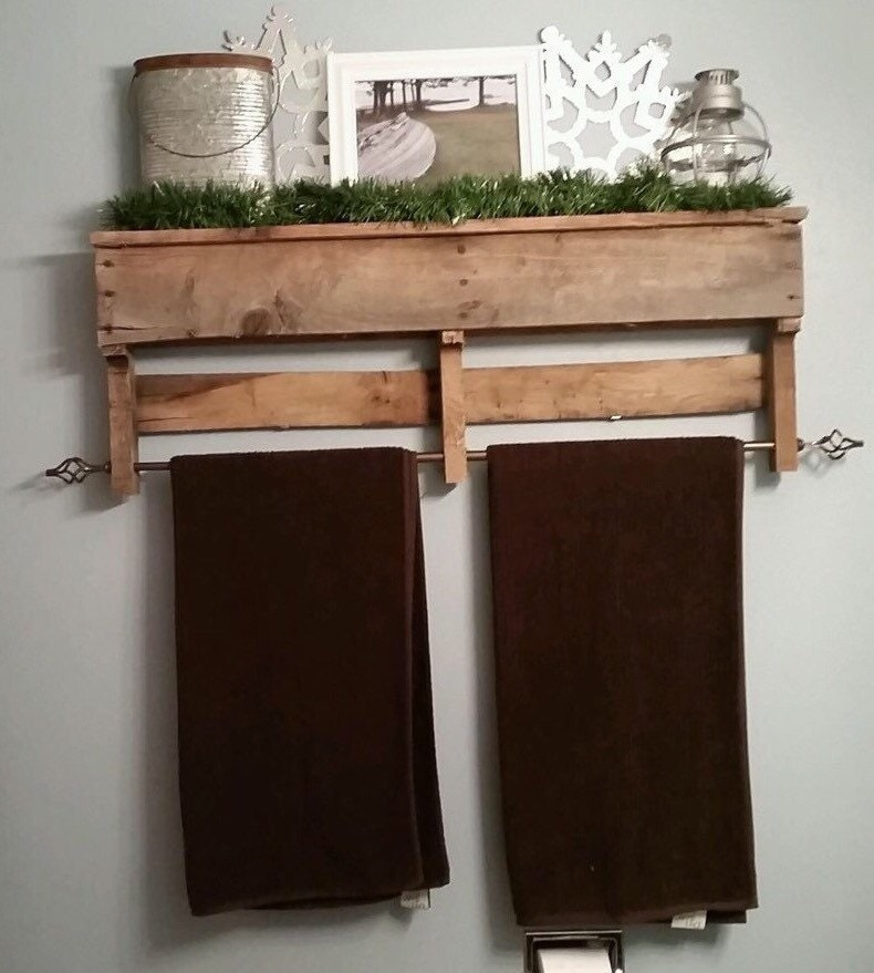 wood pallet bathroom towel rack shelf by ourcountrydesigns. Black Bedroom Furniture Sets. Home Design Ideas