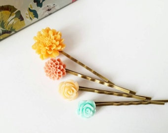 Set of four bobby pins, flower hair pins, peach bobby pins, peach flower hair pins, stocking stuffer, gift for her, mint rose hair pin