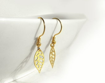 Gold Plated Leaf Earrings, Gold Plated Earring , Gold Leaf Jewelry, Simple Earrings, Floral Earrings, Elegant Everyday Jewelry