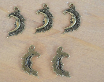 10 x Antique bronze moon charms / pendants ~ lead free, nickel free and cadmium free