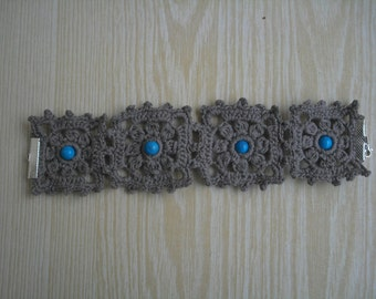 Gray bracelet with turquoise beads