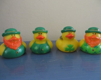 St. Patrick's Day rubber ducks.- Perfect for your Wearin of the Green party!