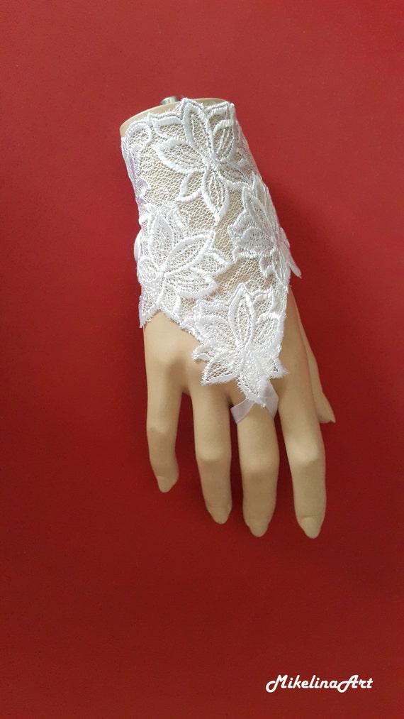 white wedding gloves lace gloves bridal fingerless gloves