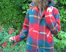 Red and turquoise teal tartan plaid wool car coat / vintage mid Century / women S or M normal or tall / hipster lumbersexual western look