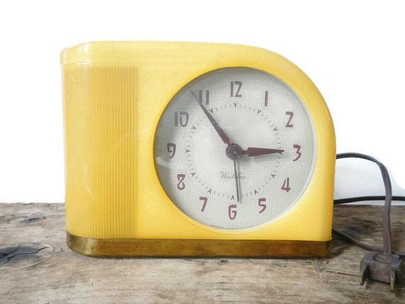 Vintage Yellow Westclox Moonbeam Alarm Clock Model S5 J