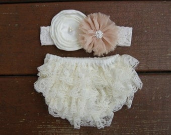 Baby bloomer set. Newborn lace ruffle diaper cover. Baby diaper cover. Shower gift. Baby girl gift set. Newborn picture outfit.