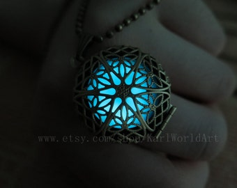 Glow in the dark Cyan necklace,Glow Pendant Necklace