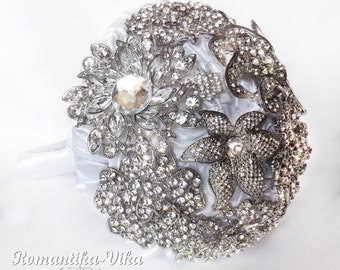 White brooch bouquet. Jeweled and Fabric bridal bouquet.