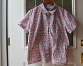 Vintage 80s/90s Floral Pink and Green Hipster Short Sleeve Shirt Small/Medium