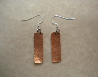 Copper textured strip ear ring