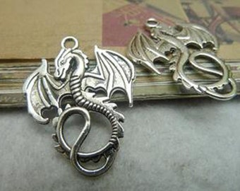 BULK-35pcs  Antique Silver Lovely Dragon Charm Pendant. c7000