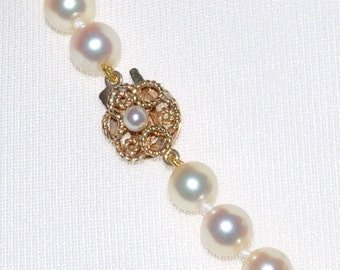 Pearl Necklace with Gold & Pearl Clasp