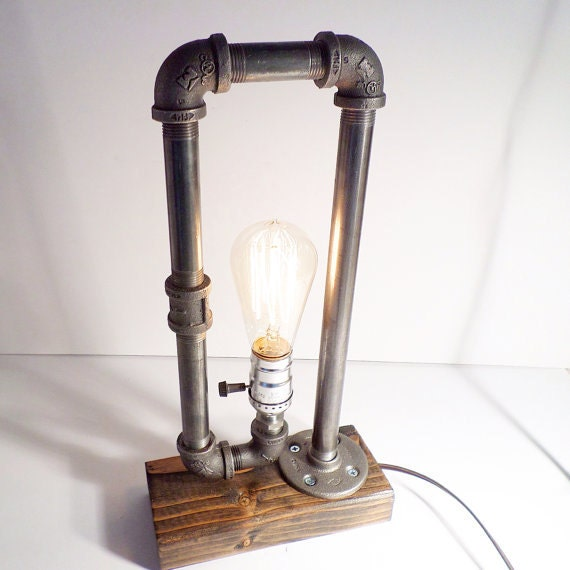 classic style edison bulb table lamp in weathered antiqued finished. Black Bedroom Furniture Sets. Home Design Ideas