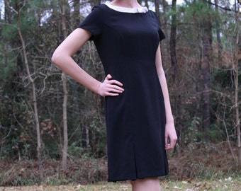 Vintage 90s Black Shift Dress with Bow Size 4