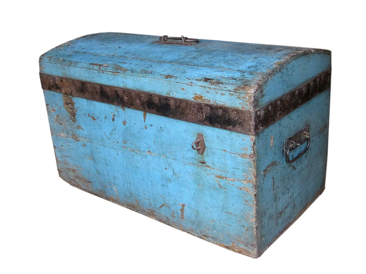Antique trunk chest hand made from bulgaria