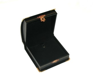 1 Black Domed Leatherette with Brass Accents Pendant Jewelry Display Gift Box