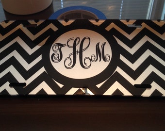 Monogram car tag. Personalized mirror tag with initials. Chevron pattern.