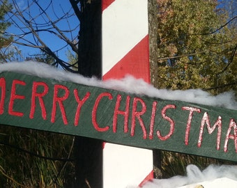 The Merry Christmas Sign in green/red, hand crafted from reclaimed Michigan lumber (Lt001)