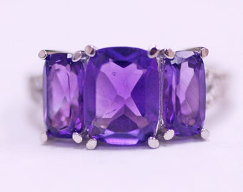 4.34 Carats All natural purple Amethyst with diamonds in a Sterling Silver Ring - Size 7