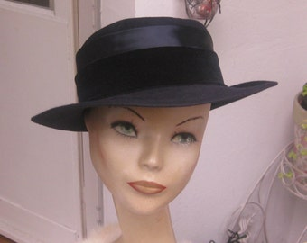 elegant, dark blue hat