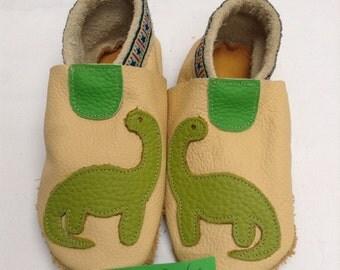 Lederpusche slippers size 24 25