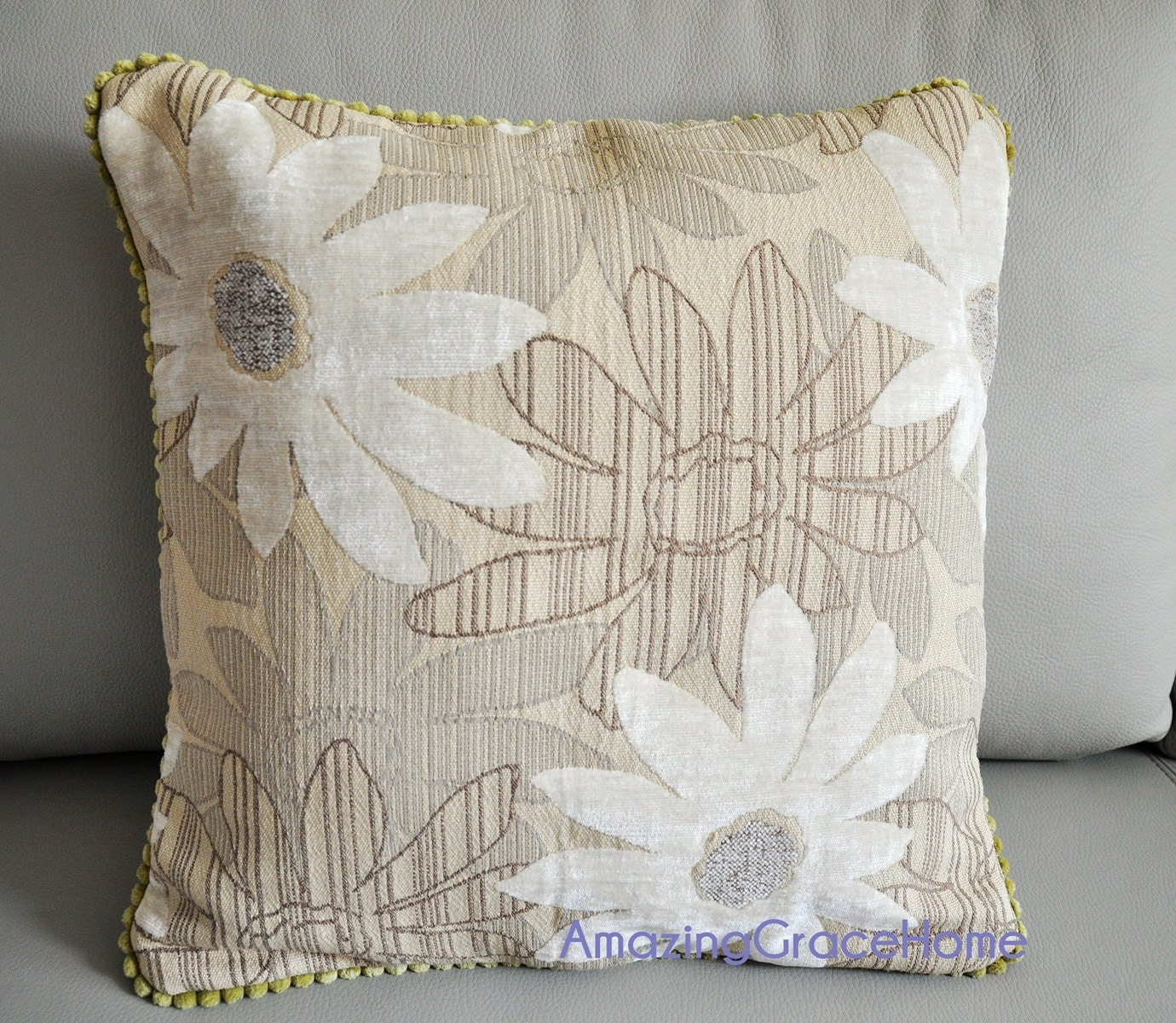 Chenille Throw Pillow Covers : White daisy pillow covers chenille Floral Velvet throw pillow