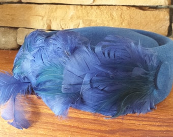Royal Blue Peachbloom Velour Vintage Feathered Pillbox Ladies Hat 1940s D083-4