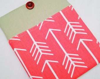 Linen iPad air padded sleeve/ Linen iPad air 2  with retina case ./   Made in Maine /linen  cover w/ coral arrows on the pocket
