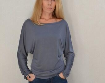 Bat sleeve top/ loose blouse/ grey top.